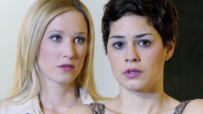 Verbotene Liebe: Heiße Fotos zur lesbischen Liebe