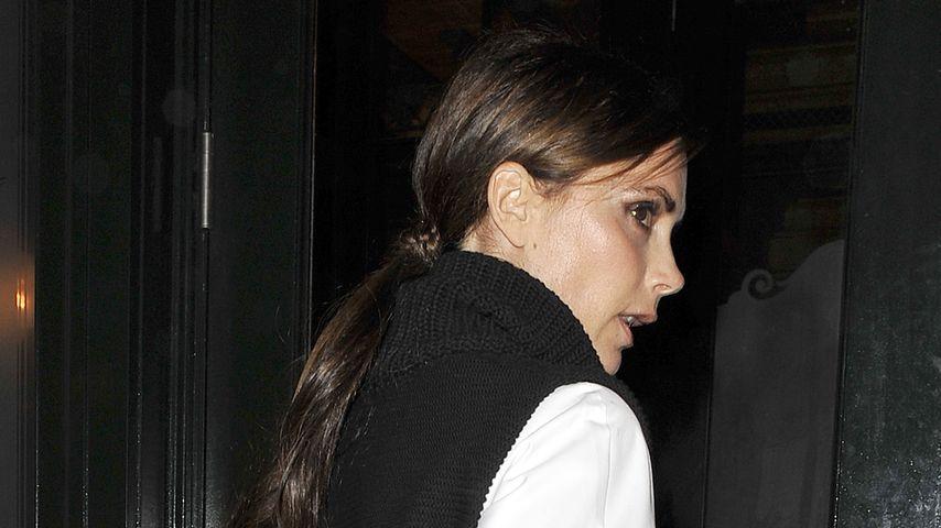 Victoria Beckham ist selbst im Pullunder stylisch