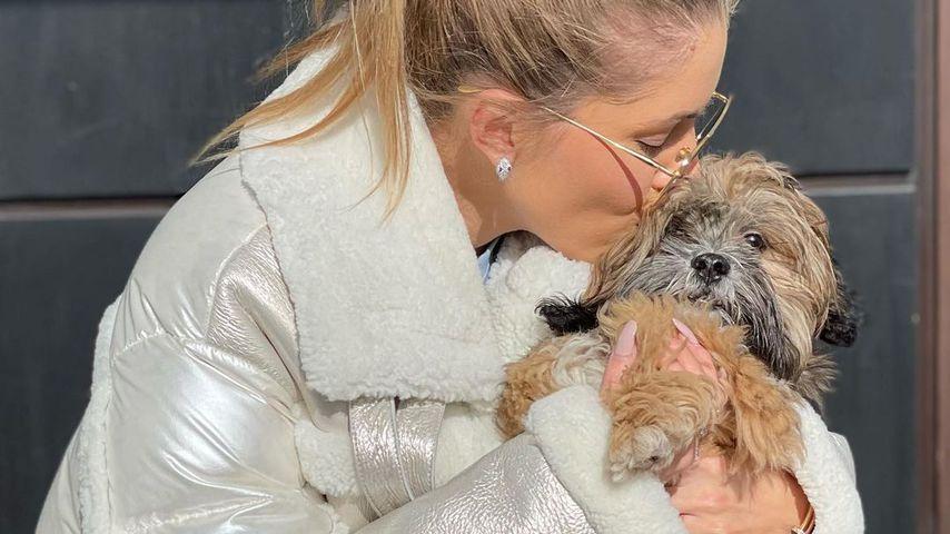 Victoria Swarovski und ihr Hund Winnie im März 2021