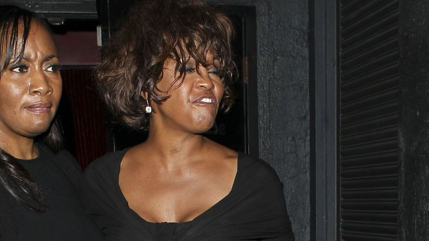 Whitney Houston nach Party-Nacht völlig zerstört