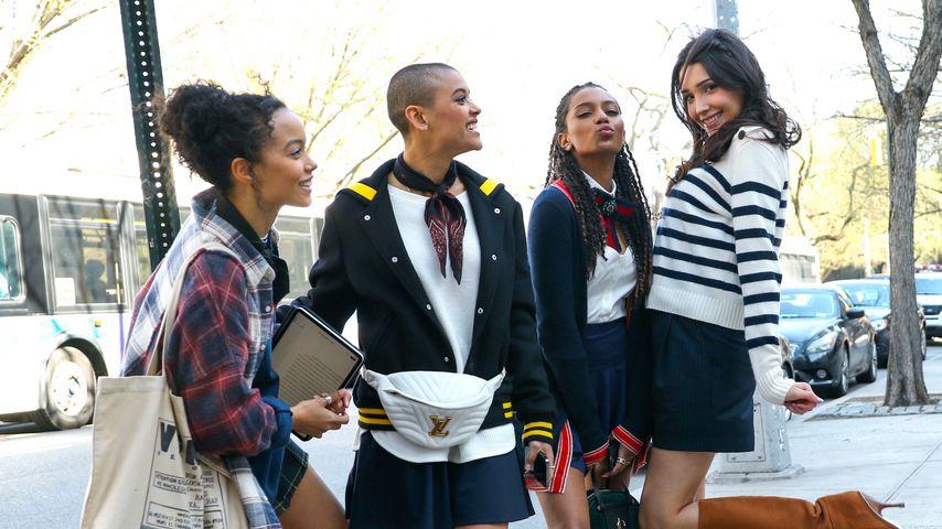 """Gossip Girl""-Reboot: Neue Bilder verraten Liebesbeziehung"