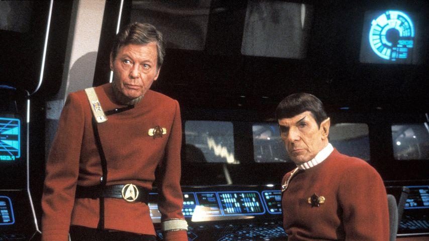"""Deforest Kelley und Leonard Nimoy in """"Star Trek V - Am Rande des Universums"""""""