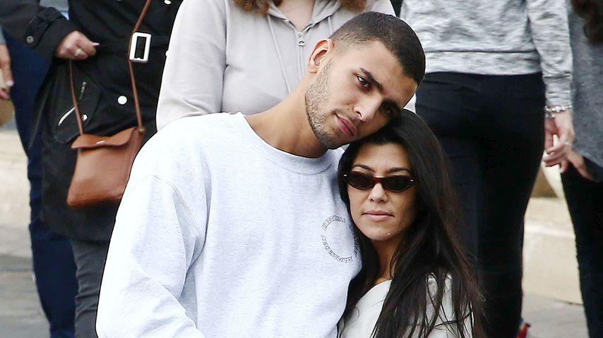 "Younes Bendjima und Kourtney Kardashian im ""Disneyland Paris"""