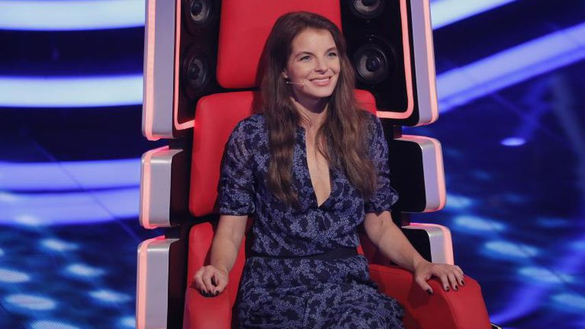 "Yvonne Catterfeld als Jurorin in der Fernsehshow ""The Voice of Germany"""