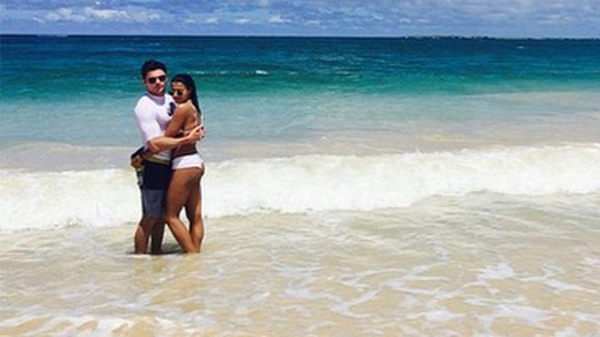 Traumhafte Urlaubsfotos: Zac Efron total verliebt auf Hawaii