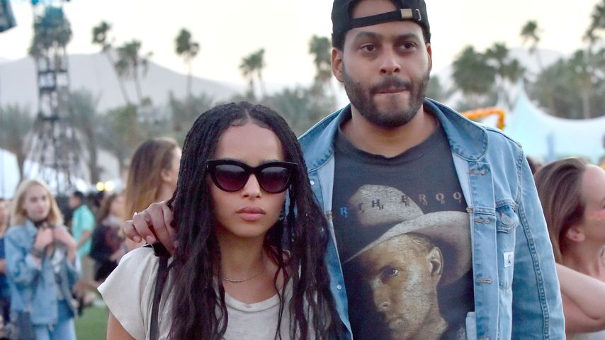 Coachella-Love: Zoe Kravitz & George im Denim-Partnerlook