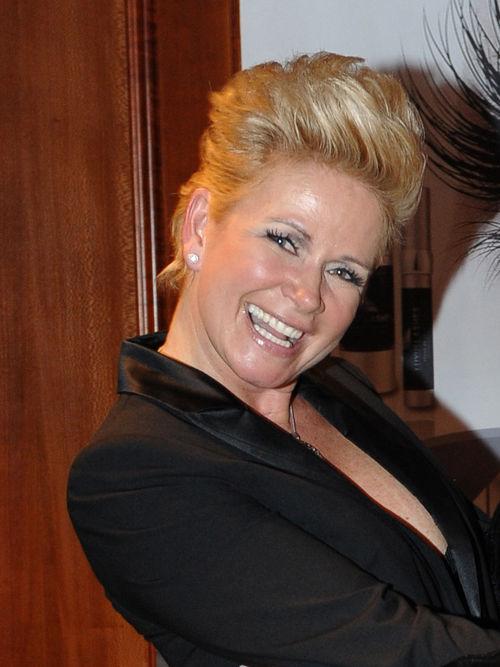 Aktuelle Frisur Claudia Effenberg Wie Schnell Wachsen Haare