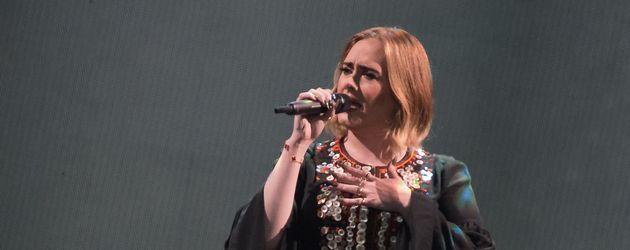 Adele Adkins beim Glastonbury Festival 2016