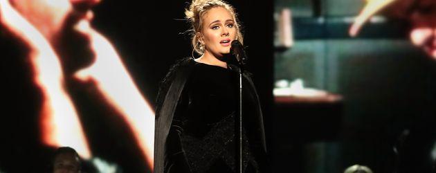 Adele bei ihrer Grammy-Performance