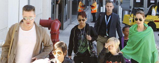 Angelina Jolie, Brad Pitt, Shiloh Jolie-Pitt, Pax Thien Jolie-Pitt und Maddox Jolie-Pitt