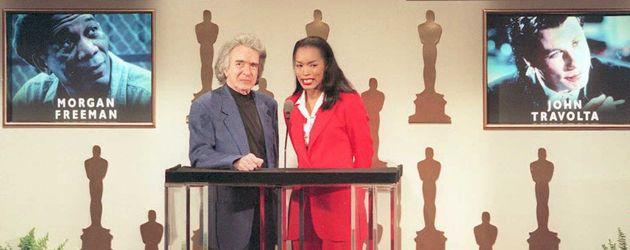 Regisseur Arthur Hiller und Hollywood-Star Angela Bassett