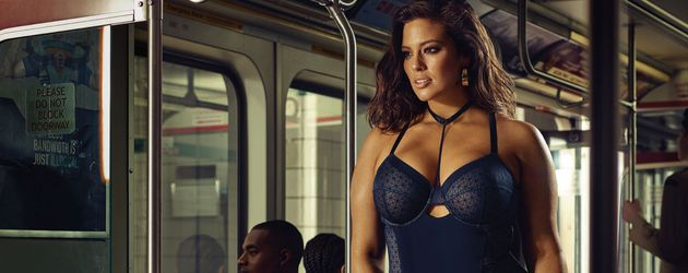 "Plussize-Model Ashley Graham bei einem Dessous-Shooting für die ""Addition Elle"""