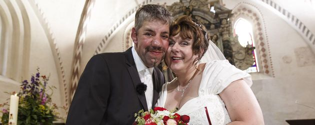 """""""Bauer sucht Frau"""": Uwe und Iris bei ihrer Hochzeit"""