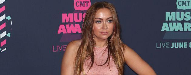 Brandi Cyrus, Schwester von Miley Cyrus