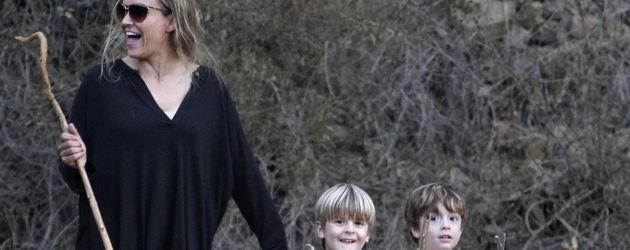 Brooke Mueller mit ihren Söhnen Bob und Max