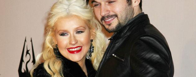 Right! Aguilera blow job