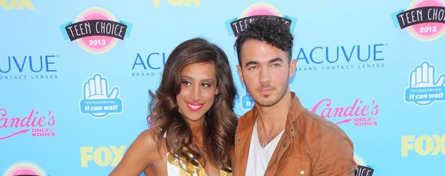 Danielle und Kevin Jonas bei den Teen Choice Awards 2013
