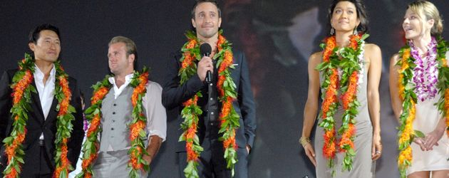 """Der Cast von """"Hawaii 5-="""" bei der Season-2-Premiere"""