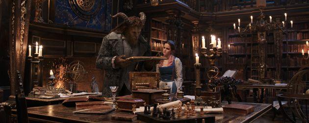 """""""Die Schöne und das Biest"""": Dan Stevens als Biest und Emma Watson als Belle"""