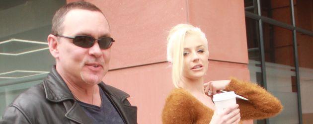 Doug Hutchison und Courtney Stodden beim Shopping in Hollywood