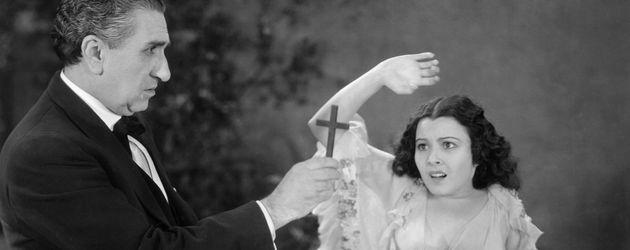 Eduardo Arozamena und Lupita Tovar in Dracula
