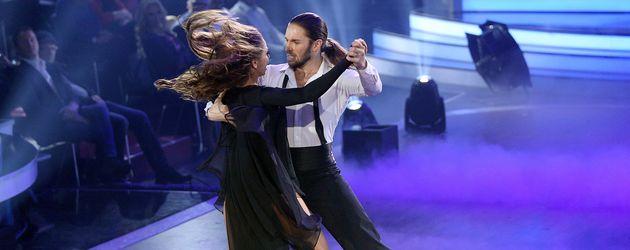 """Ekaterina Leonova und Gil Ofarim in der 9. """"Let's Dance""""-Show"""
