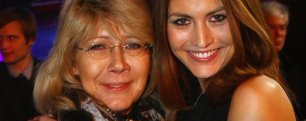 Fiona Erdmann mit ihrer Mutter