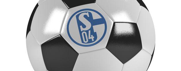 Fußball mit dem Logo von FC Schalke 04