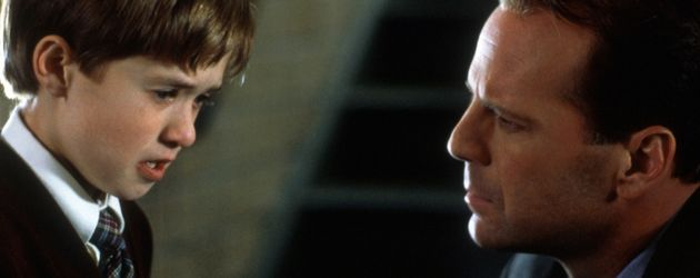 "Haley Joel Osment und Bruce Willis in ""The Sixth Sense"""