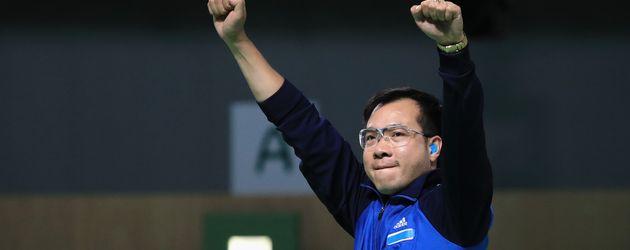 Jubel-Pose: Hoang Xuan Vinh