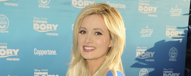 """Holly Madison hochschwanger bei der """"Finding Dory""""-Premiere in Hollywood"""