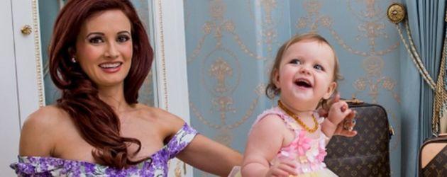 Holly Madison und Rainbow Rotella