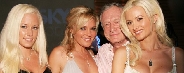 Hugh Hefner, Holly Madison und Kendra Wilkinson