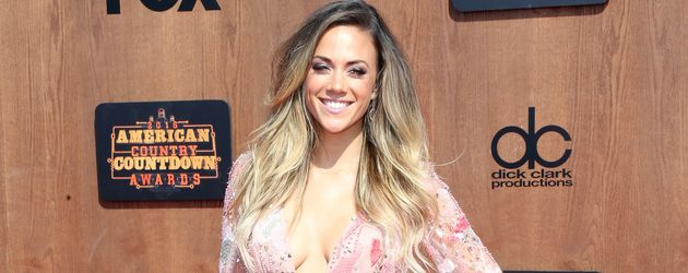 "Jana Kramer bei den ""American Country Countdown Awards"" in Inglewood"