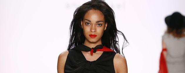 Abiba Makoya Bakayoko, Model