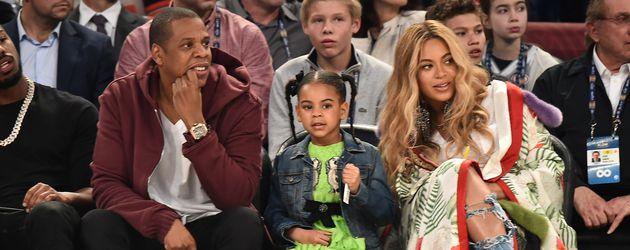 Jay-Z und Beyoncé mit ihrer gemeinsamen Tochter Blue Ivy