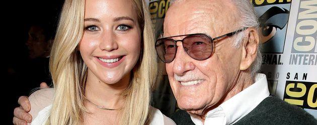 Jennifer Lawrence und Stan Lee