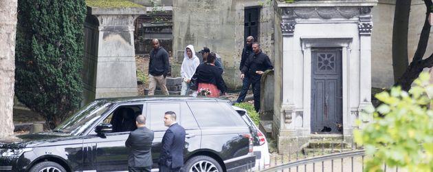 Justin Bieber nach seinem Besuch des Grabs von Jim Morrison in Paris