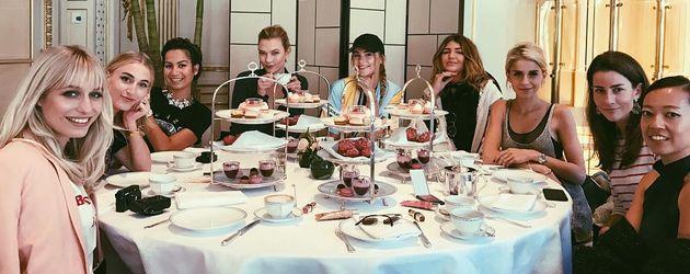 Karlie Kloss, Stefanie Giesinger und Caro Daur in Paris