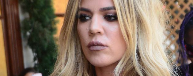 Khloe Kardashian auf dem Weg in ein Restaurant in Hollywood