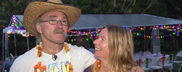 Konny und Manu Reimann bei ihrer Einweihungsparty auf Hawaii