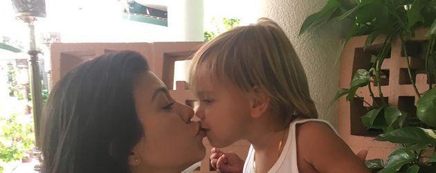 Kourtney Kardashian mit Sohn Reign