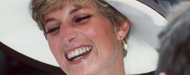 Lady Diana mit ihrem strahlenden Lächeln