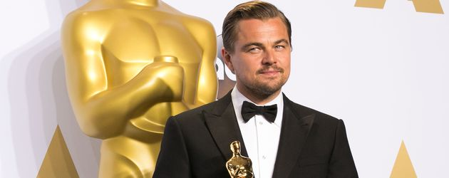 Leonardo DiCaprio mit seinem Oscar