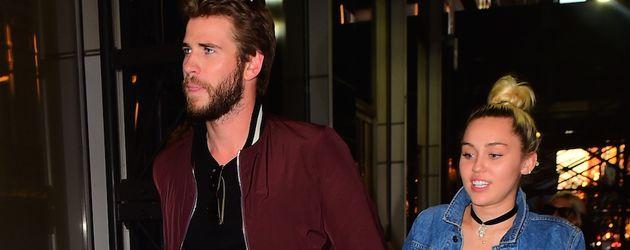 Liam Hemsworth und Miley Cyrus vor dem Soho House in New York City