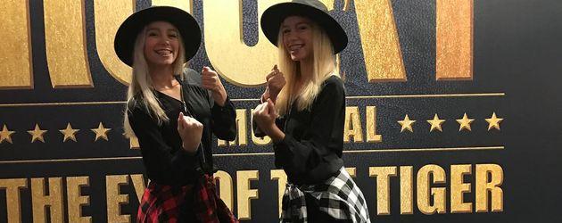 """Lisa und Lena bei der """"Rocky""""-Musicalpremiere"""