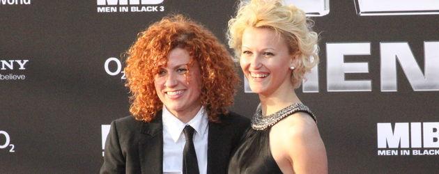 Lucy Diakovska und Freundin Kamelia