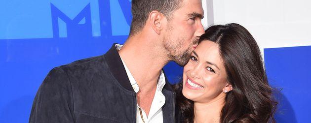 Michael Phelps mit seiner Frau Nicole bei den MTV Video Music Awards 2016