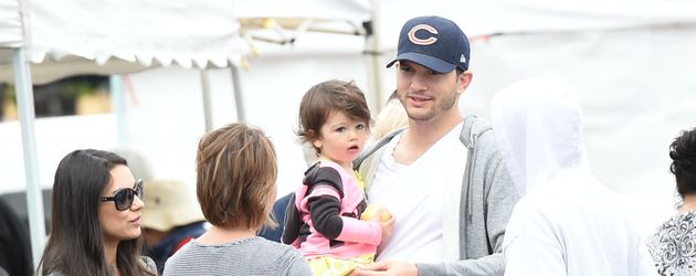 2 baby mit ashton kutcher mila kunis ist wieder schwanger. Black Bedroom Furniture Sets. Home Design Ideas