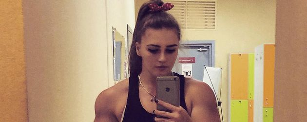 Muskelbarbie Julia Vins